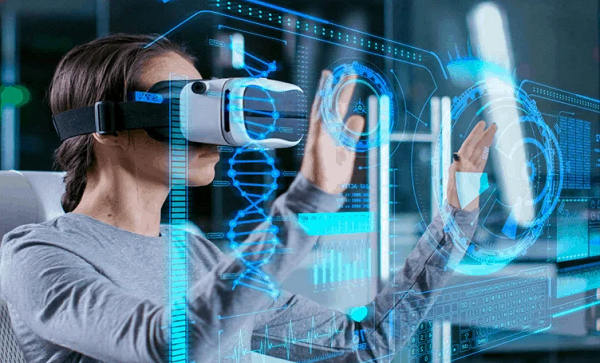 Benefitting from Using VR Technology
